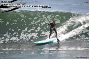 Brit Oliphant using her skills to backdoor a section on her backhand, Sweet use of her KIALOA GL ULtralight HULU paddle