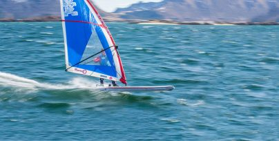Starboard-windsurfing-2019-WindSUP-Action-SveinRasmussen